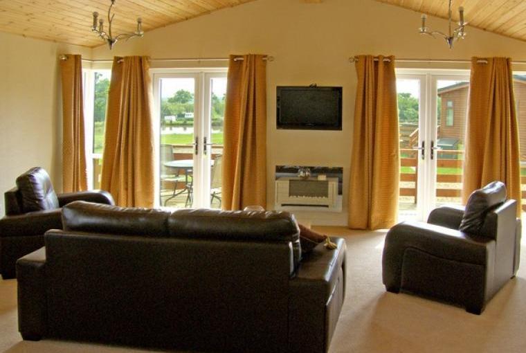 Callow Holiday Lodge, Cheshire, Photo 4