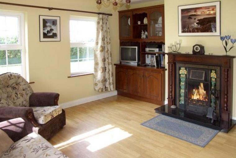 Fuchsia Lodge on the Dingle Peninsula, Cheshire, Photo 3