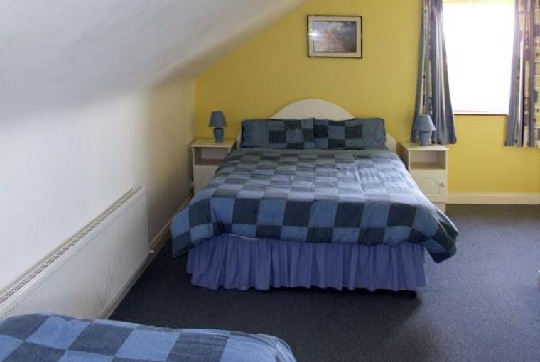 Fuchsia Lodge on the Dingle Peninsula, Cheshire, Photo 10