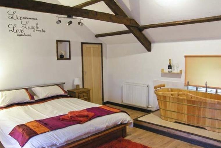Bedroom, The Stables Cottage for Two - Llandysul, Ceredigion, Wales