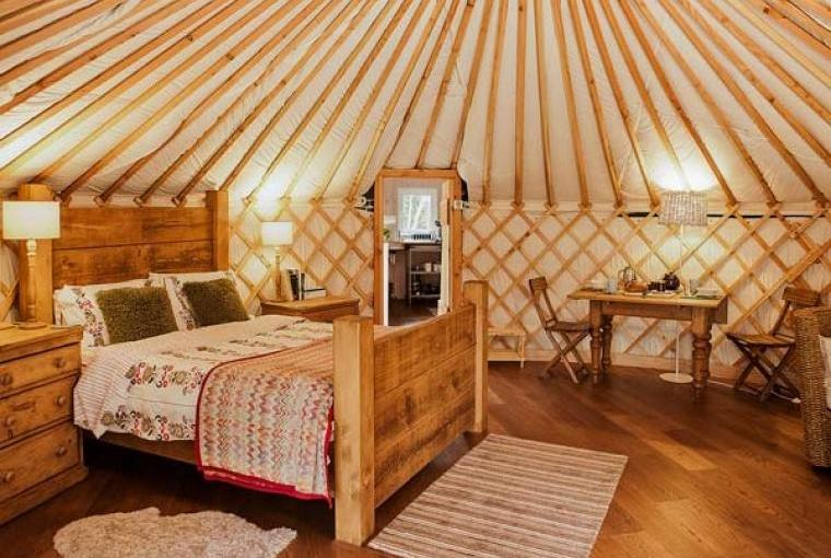 Rowan Holiday Yurt near the Peak District National Park, Cheshire, Photo 4