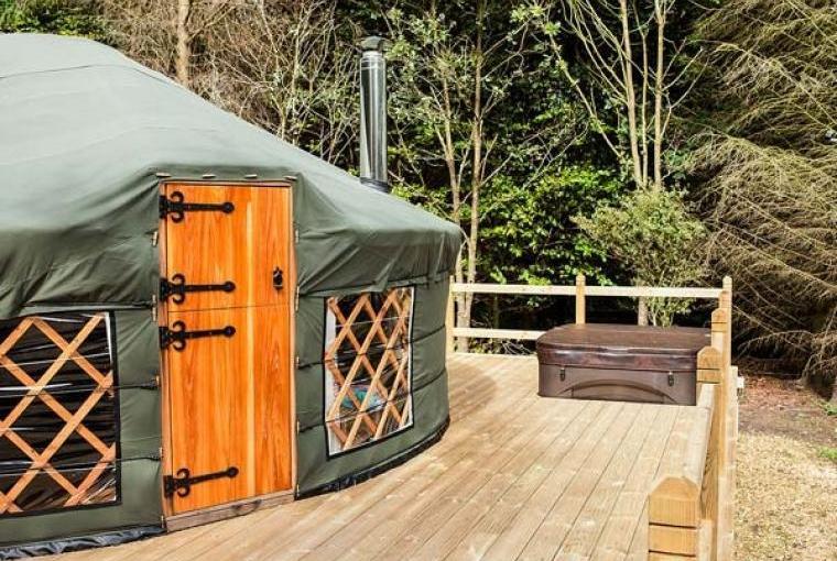 Rowan Holiday Yurt near the Peak District National Park, Cheshire, Photo 6