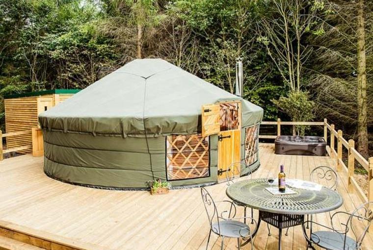 Rowan Holiday Yurt near the Peak District National Park, Cheshire, Photo 9