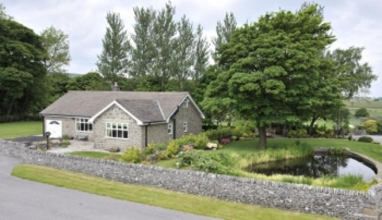 Quality self catering property near Buxton. Immaculately presented to a very high standard