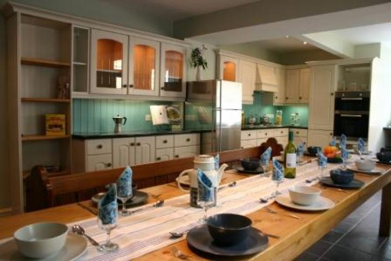 Big self-catering house at Thornleigh - Derbyshire