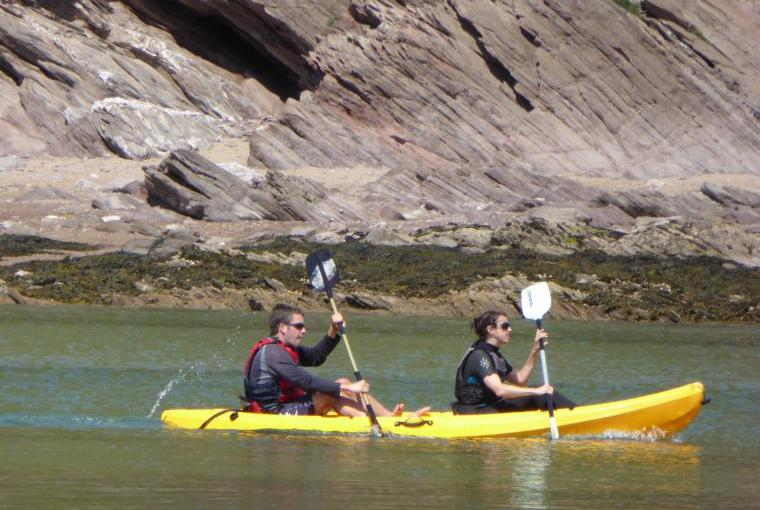 Paddling the waterways of South Devon