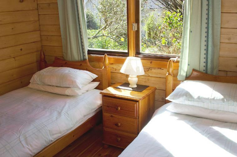 Birchtree Lodge Twin Bedroom