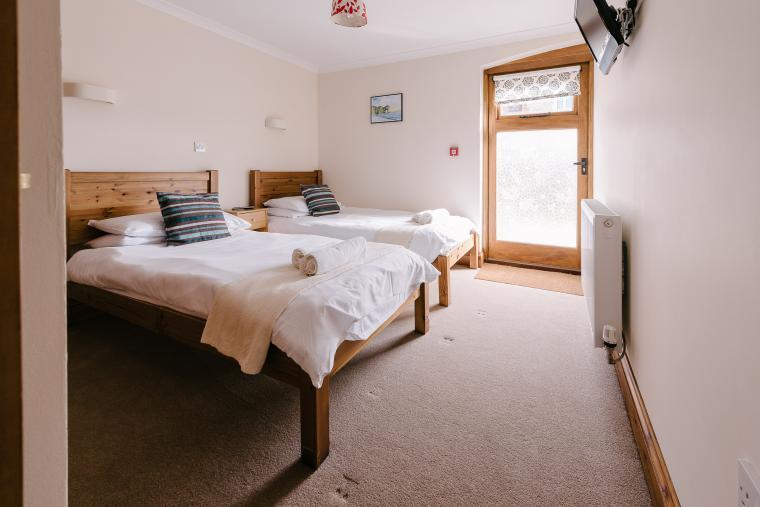 Twin ensuite bedrooms