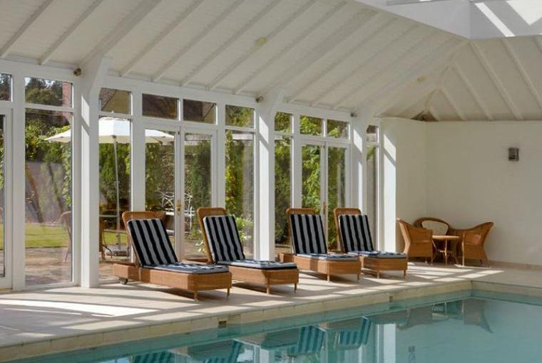 Bruern Holiday Cottages Indoor Heated Pool