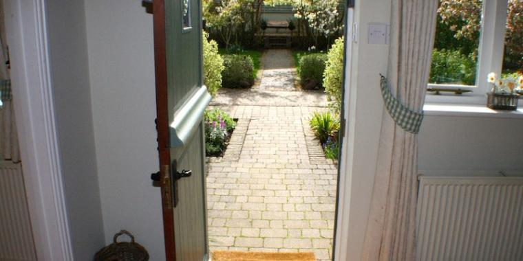 View-Into-Courtyard-Garden-From-Magdalen-Cottage
