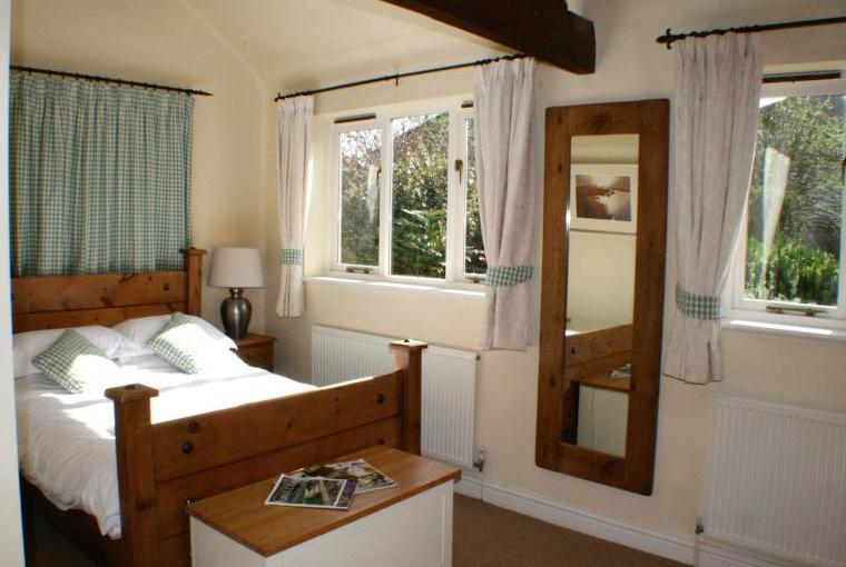 Magdalen-Cottage-Bedroom