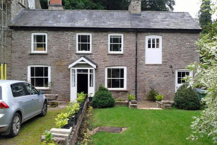 Holiday home brecon beacons sleeps 7