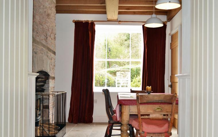 brecon beacons holiday cottage near hay on Wye dining