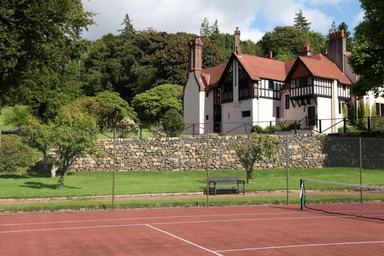 Tennis court at Noddsdale