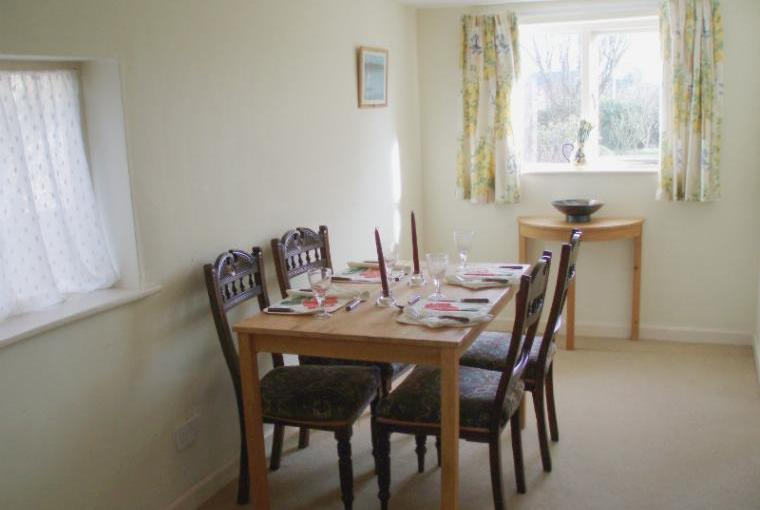 Sandpipers Dining room