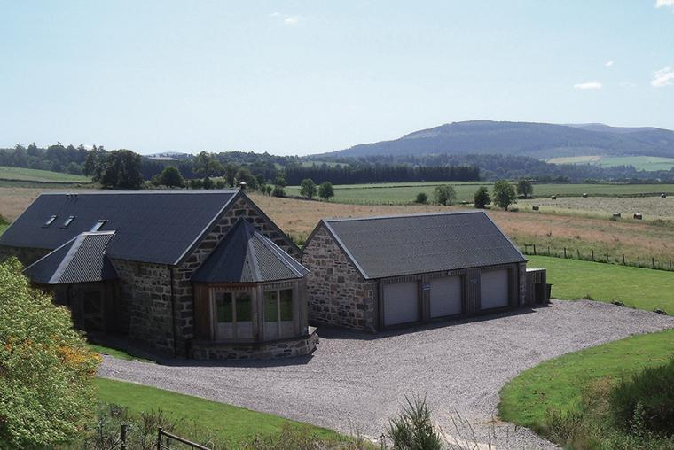 5 star rated Weiroch Lodge, Speyside