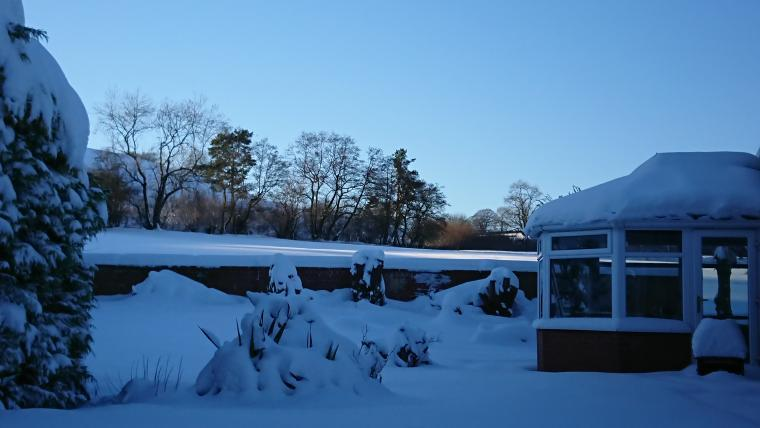 lodge in the snow