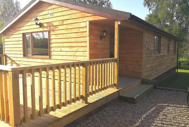 Lodge holidays at Lake Farm, Hampshire