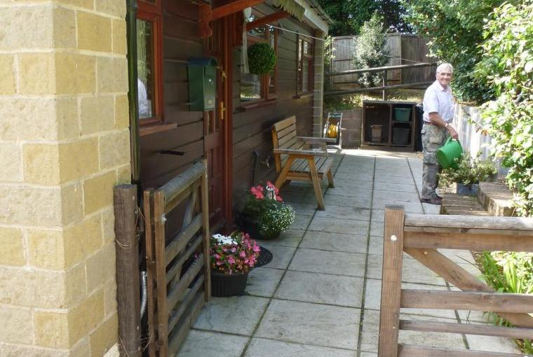 Holiday chalet with garden north somerset