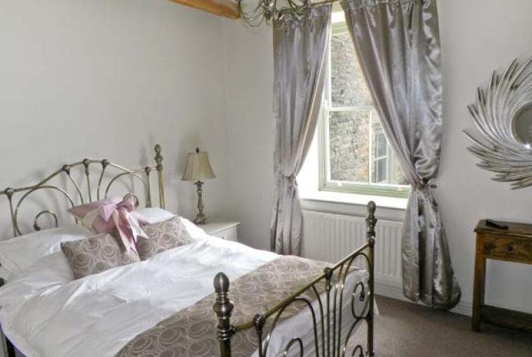 Pretty sleeps 4 country cottage near Barnard Castle