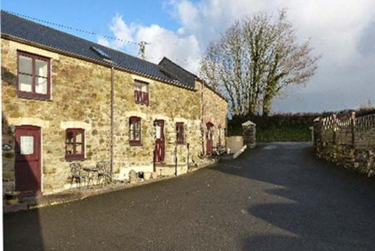 2 Bedroom Polyphant Rural Retreat, Cornwall