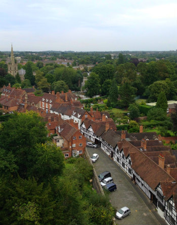 Discover Warwick on a Cottage Holiday